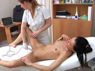 Kelly - 20 years damsel gynecology check-up 2