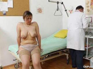 Iva Naughty (44 years lady gynecology exam)