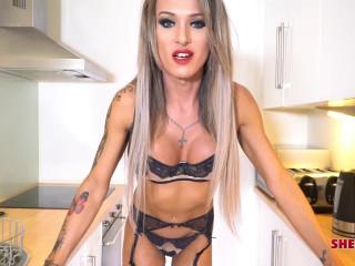 Stunning Brit Mia Maffia!