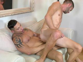 Muscle Males Julio Rey & Axel Max Like Hard Fuck
