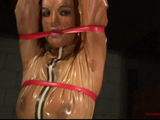 Toaxxx - 3 Ladies in Mighty Rubber 1