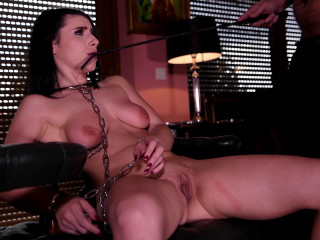 Nelly Kent - Submissive in Chains (2018)