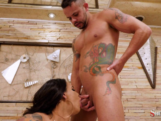 Intense anal and blowjob with lustful Brazilian shemale