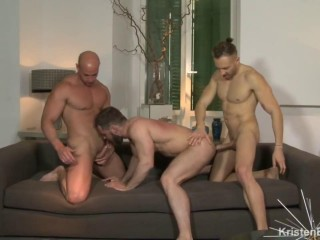 Amazing orgy with 14 sexy men