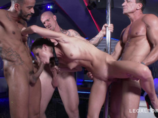 Gina Gerson assfucked in stripclub (2019)