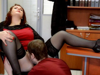 lucky guy lick big tit milf katrins pussy at office