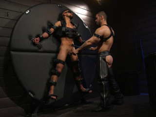 Arads New Boy Ricky Daniels Serves The House - Full HD 720p