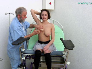 Exam by a gynecologist brought me to ejaculation