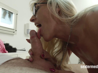 Horny blowjob for the doctor