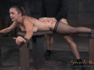 Bella Rossi's demonstrate continues with breathplay harsh fucking and brutal inhale (2015)