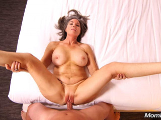 Sexy country cougar trying porn
