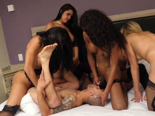 Ideal Gang-bang With Ultra-cutie Shemales