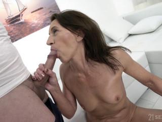 Viol - Granny's Sexy Selfies FullHD 1080p