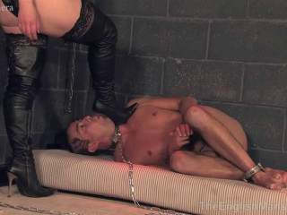 Dominatrix Sidonia Real-Time Footage Slavery - Day Vol. 1