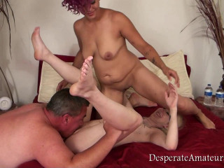 Desperate Amateurs - Tara and Luna