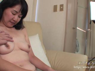 45歳のアジアの女の子がテストに来た