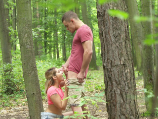 Horny couple outdoor fuck in public