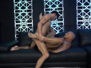 Humid Plow Pub - Jessie Colter Takes Scott DeMarco's Humid Cock 1080p