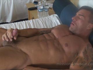Braden Charron - Ripped Muscle Jerk Off