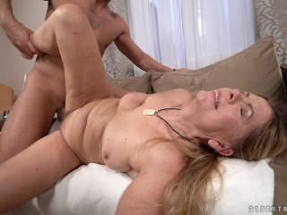 Samantha - Dick For Sale