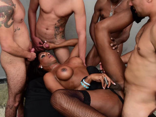 Black TS Andreia Scofani In Hard Gangbang With Many Cocks
