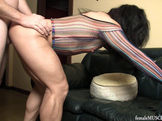 In fishnet - Suck munch n shag