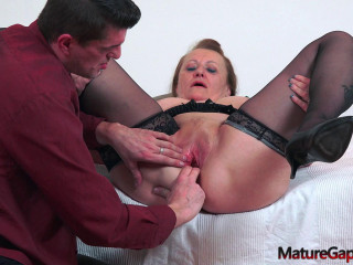 Marse - Horny granny gets fucked by filthy gaper (2020)