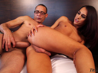 Ivana Alejo Destroyed By Gigant Dick With Cumshot