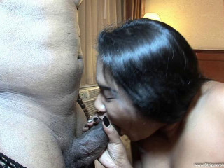 Horny big ass rozay get drilled by muscled bbc