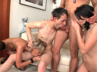 Hot 4some