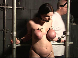 Toaxxx - (tx256) Hooter Victim Sabrina in the Dungeon - August 10, 2016