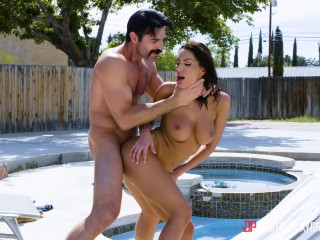 August Ames Broke College Girls