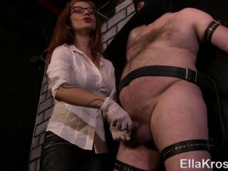 Managing My Slave's Orgasm by Edging!