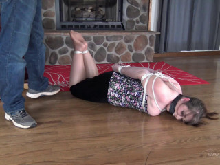 Elizabeth Andrews: Tickled in Bondage and Tries to Escape