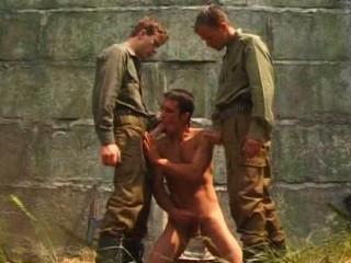 Militaries In Chaleur