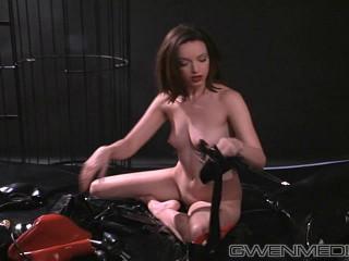 Gwen Media - Heavy Rubber 2 Part 2