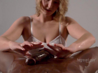 Charlotta – Full Knead Massage
