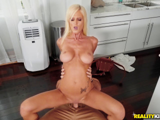 Olivia Blu, Sean Lawless - Too Hot For Clothes FullHD 1080p