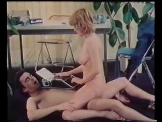 Furia Sexuelle (1978) - Karine Gambier, Carole Gire, Jocelyne Clairis