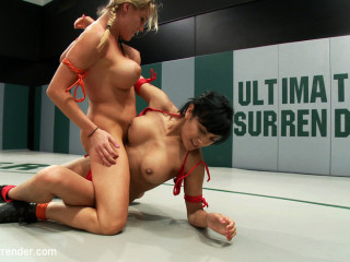2 hot rookies battle it out. Huge breasts, tight asses, non-scripted wrestling - 1 Noob gets PWND!!