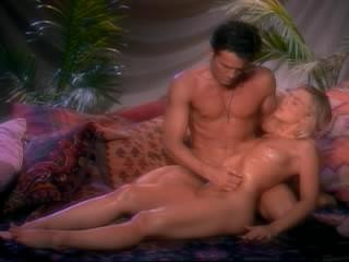 Penthouse - Pet Of The Yr Play-Off 2000