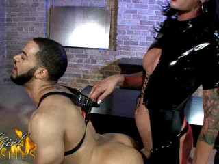 Morgan Bailey - Domme Ravages Toy Gimp