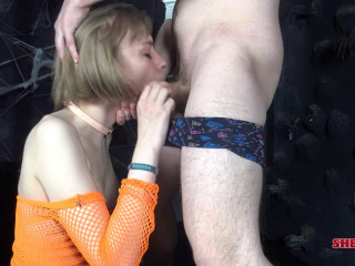 t-girl Sofia Hardy Likes Faux-cock Play!