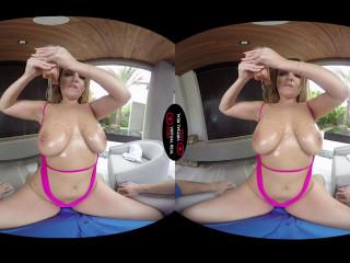 Natasha Nice - L.A. Holidays (Virtual Reality, 1080p)