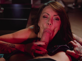 Hot Milf Who Loves Sucking Cock - Sonia Lion