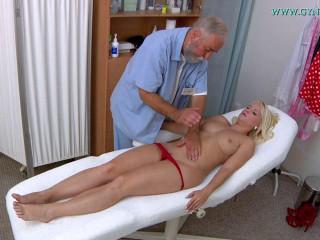 Rossella Visconti (26 years girl gyno exam)