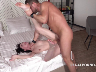 Mr. Anderson Anal Casting Elley Balls Deep Anal Gapes Facial (2019)