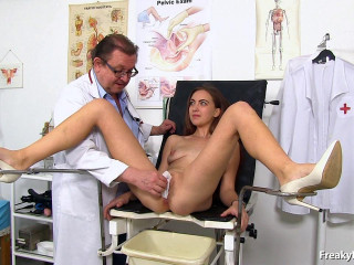Ava 23yo (Hot leggy brunette Ava twat exam 23.12.17)