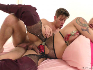 Evil's Angel - Michael Del Ray & Domino Presley