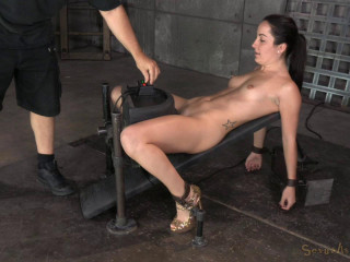 Gets Restricted On A Sybian saddle (5 Nov 2014) Sexually Violated